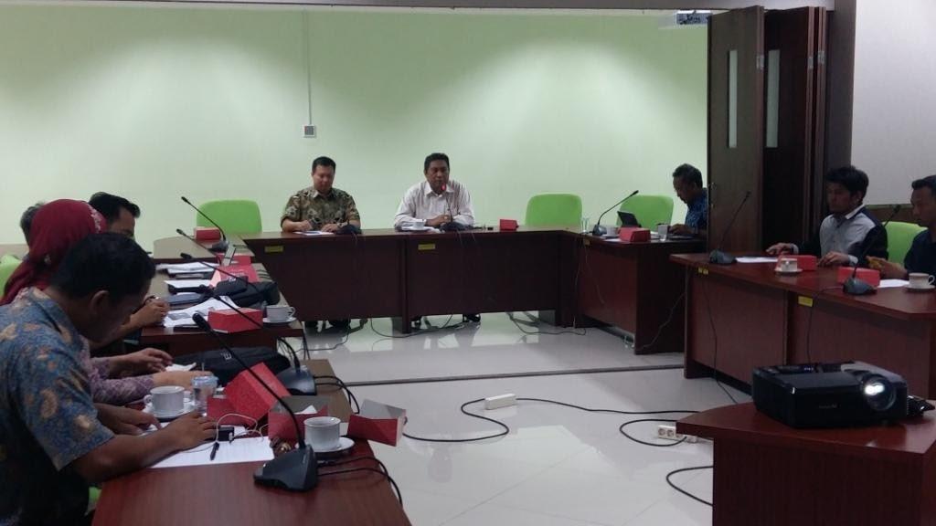 Para peserta FGD (foto: Kamaruddin Azis)