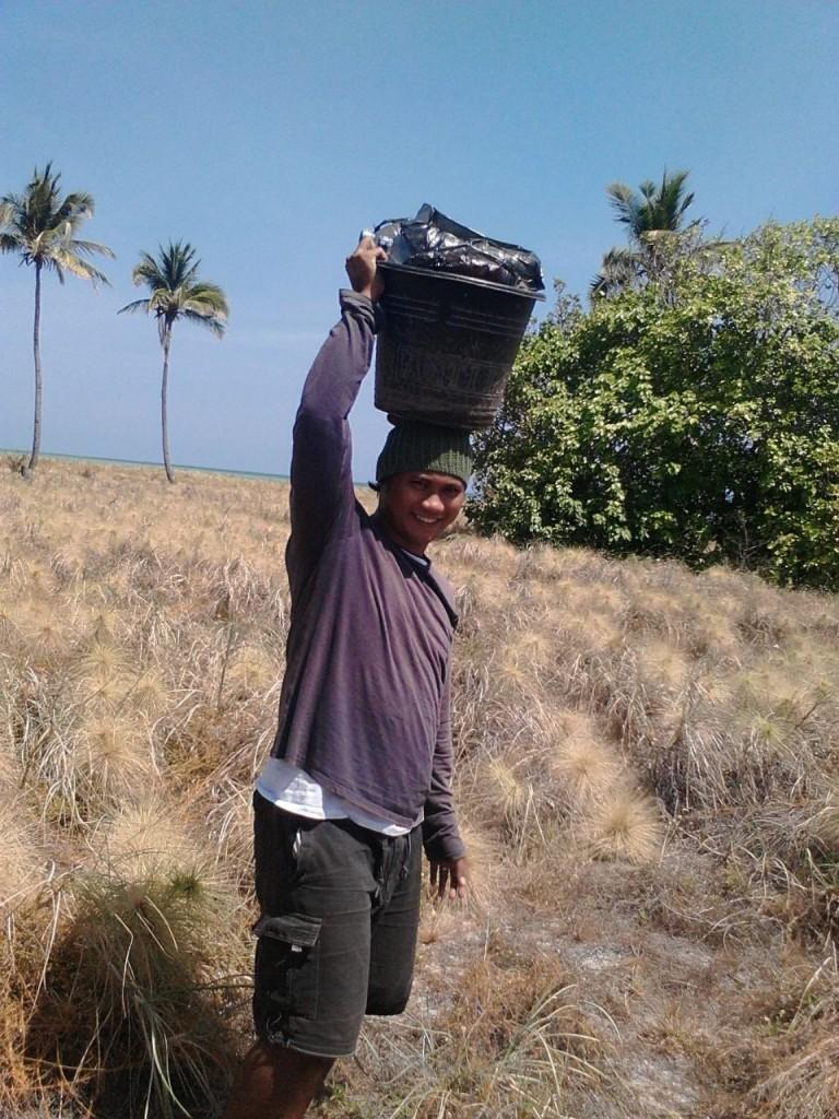 Fasilitator Ahmad di lokasi tugasnya (foto: istimewa)