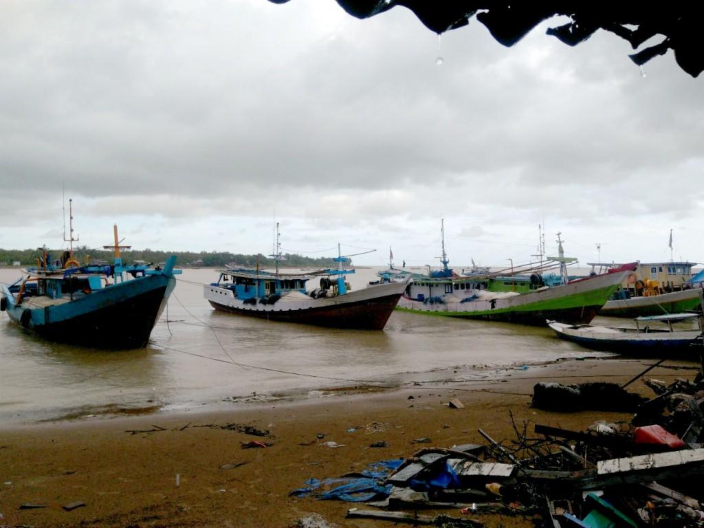 Kapal-kapal ikan di Merauke (foto: Nasruddin)