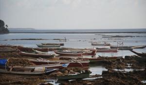 Suasana di pesisir Desa Latdalam, 16/08/2016 (foto: DFW)